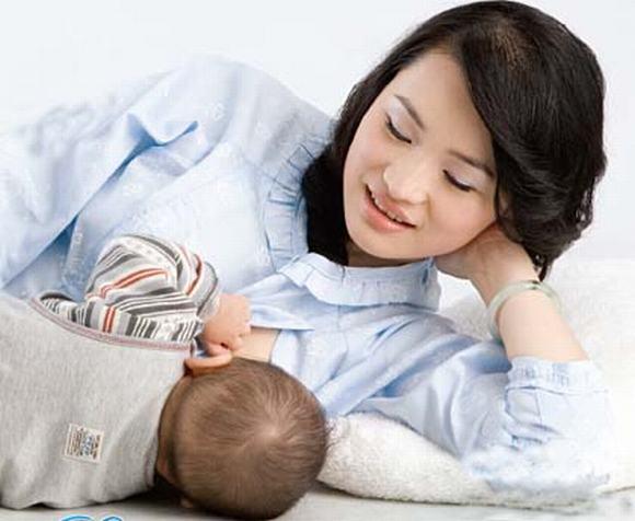 Luật Lao động mới: Không còn chế độ cho lao động nữ nuôi con nhỏ dưới 12 tháng tuổi - Ảnh 1.