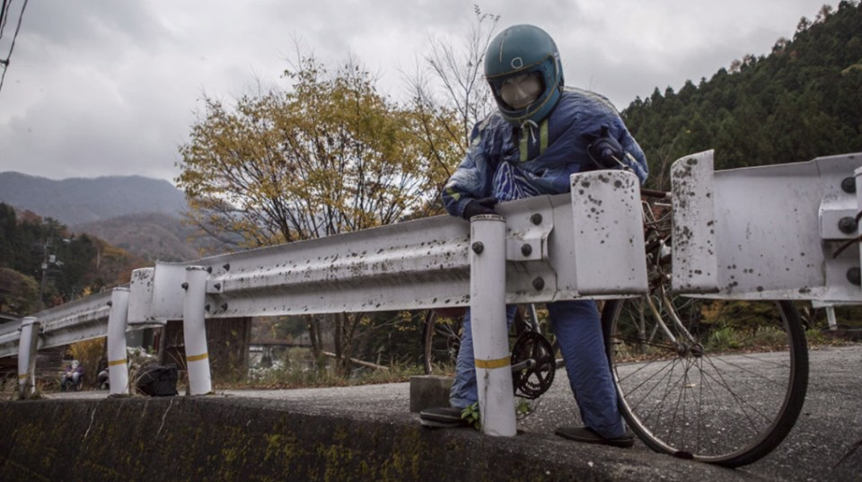 Ám ảnh khung cảnh rùng rợn của ngôi làng tại Nhật Bản nơi búp bê dần thay thế con người