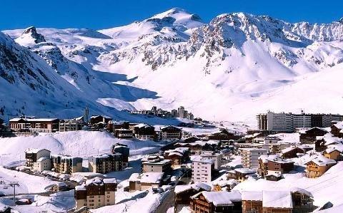 Lở tuyết ở khu du lịch Pháp, ít nhất 4 người chết