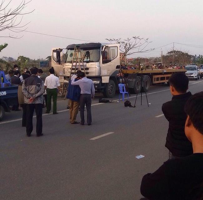 Thi thể đang phân hủy trong cabin xe tải: Nạn nhân bị sát hại, cướp hơn 34 tấn thép - ảnh 1