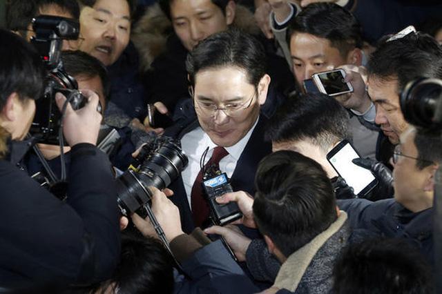 Lãnh đạo cao nhất của Samsung vừa bị bắt, đế chế này đang đứng trước thời khắc quan trọng nhất trong lịch sử 80 năm - ảnh 2