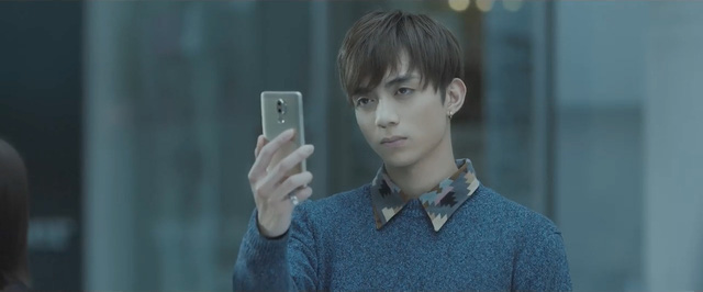 Tuyển tướng để đấu với Oppo, Samsung nẫng luôn Soobin Hoàng Sơn của Huawei, đẩy hãng này vào thế khó - Ảnh 2.