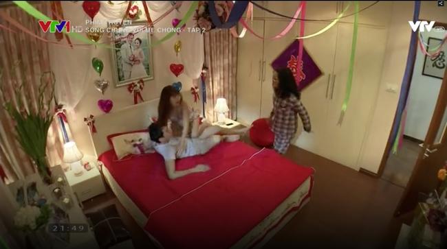 Mẹ chồng bá đạo nhất màn ảnh Việt: Đêm tân hôn xông vào phòng mắng con dâu Sao cô dám cưỡi lên người con tôi!? - Ảnh 4.