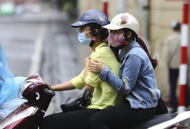 Ngày mai miền Bắc đón không khí lạnh, Hà Nội giảm 16 độ C - Ảnh 1.