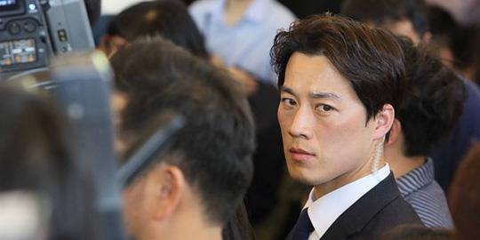 Ê kíp ưa nhìn quanh tân tổng thống Hàn Quốc - Ảnh 1.