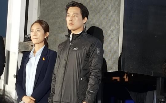 Ê kíp ưa nhìn quanh tân tổng thống Hàn Quốc - Ảnh 2.