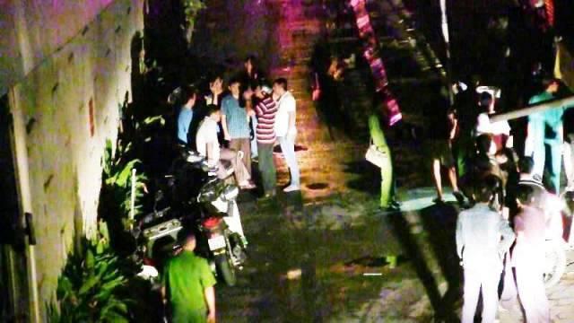 Camera ghi lại cảnh nhóm người chém chết thiếu niên 14 tuổi ở Sài Gòn - Ảnh 2.