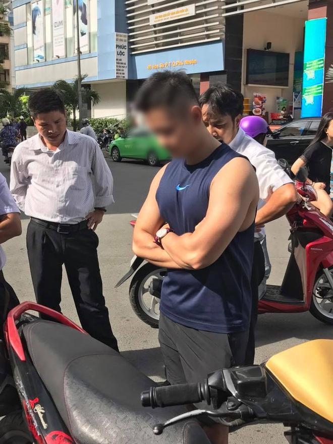 Vụ soái ca Sài Gòn kiên quyết đòi 400k tiền bồi thường sau va chạm, luật sư nói gì? - Ảnh 1.