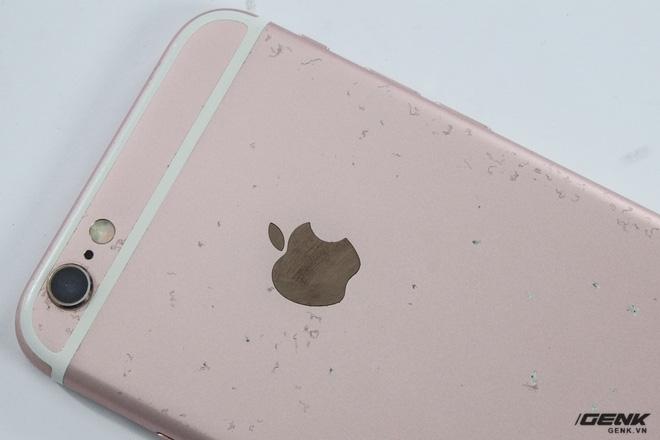 iPhone 6s giá tốt khiến bạn rất muốn mua, nhưng làm thế nào để phân biệt giữa máy vỏ zin và vỏ lô dựng lại? - Ảnh 2.
