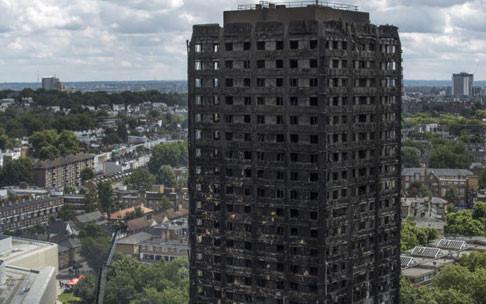 Vụ cháy cao ốc ở Anh: 79 người đã thiệt mạng - Ảnh 1.