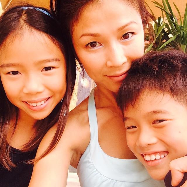 Bản hợp đồng dạy con thu hút hàng nghìn like của bà mẹ là diễn viên nổi tiếng Singapore 2