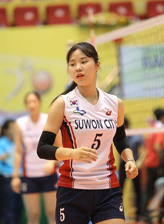 Ngắm vẻ đẹp chân dài xứ Hàn đoạt giải Hoa khôi VTV Cup - Ảnh 2.