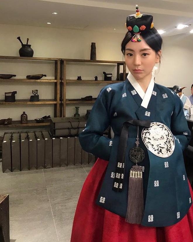 Áp lực trước dư luận, vị hôn thê nhà tài phiệt đòi chia tay và hủy hôn với Yoochun? - Ảnh 2.