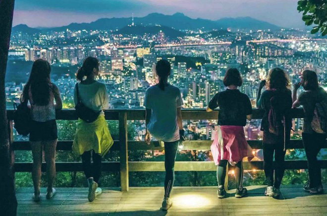 Yolo, phong cách sống mới ngày càng gia tăng của người Hàn Quốc: Làm gì cũng một mình, kể cả kết hôn - ảnh 1