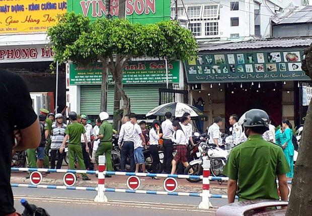 Pháp luật: Cướp ngân hàng ở Đồng Nai: Vừa cướp xong đã đánh rơi gần 150 triệu đồng khi tẩu thoát