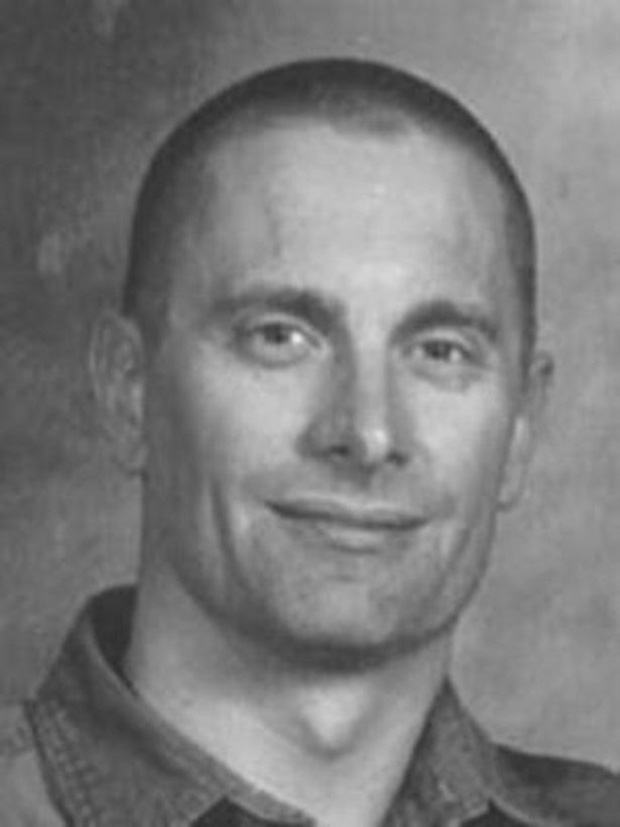 Chân dung 9 kẻ giết người táo tợn vẫn nhởn nhơ ngoài vòng pháp luật dù bị FBI truy lùng ráo riết - ảnh 1