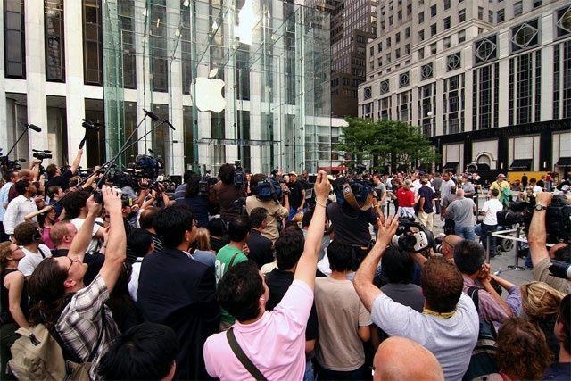 Apple từng giảm giá shock cho iPhone nhưng người dùng lại cảm thấy tức giận, vì sao lại thế? - ảnh 1