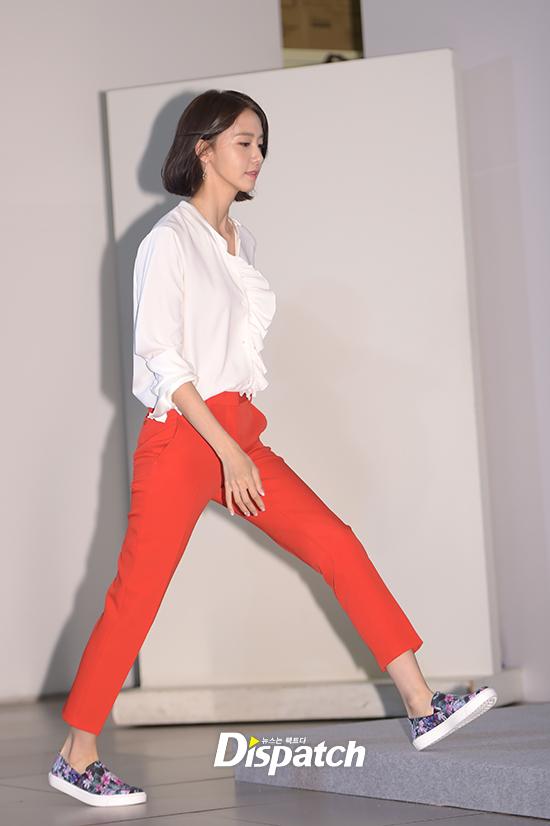Lần đầu dự sự kiện sau khi xén mái tóc nữ thần, Yoona gây sốt vì vẫn quá đẹp với vẻ ngoài mới - Ảnh 1.