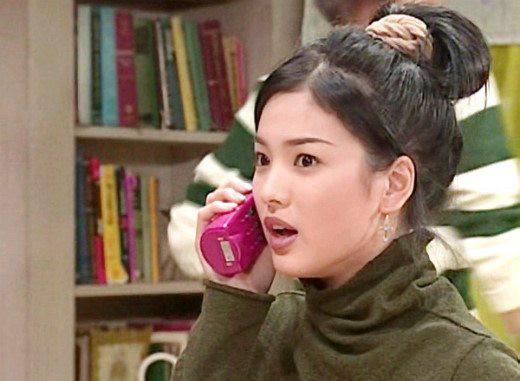 19 năm nhìn lại nhan sắc của Song Hye Kyo: Thì ra đây là lý do tường thành mãi không thể bị đạp đổ - Ảnh 2.