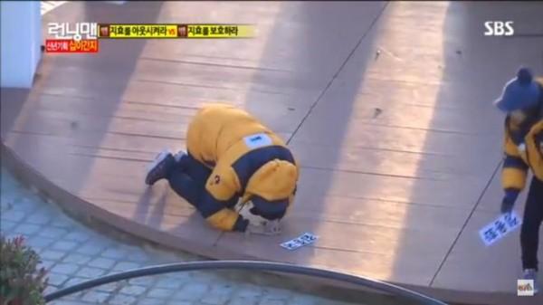 Ai đã từng biến Kim Jong Kook thành kẻ bại trận tại Running Man? - ảnh 4