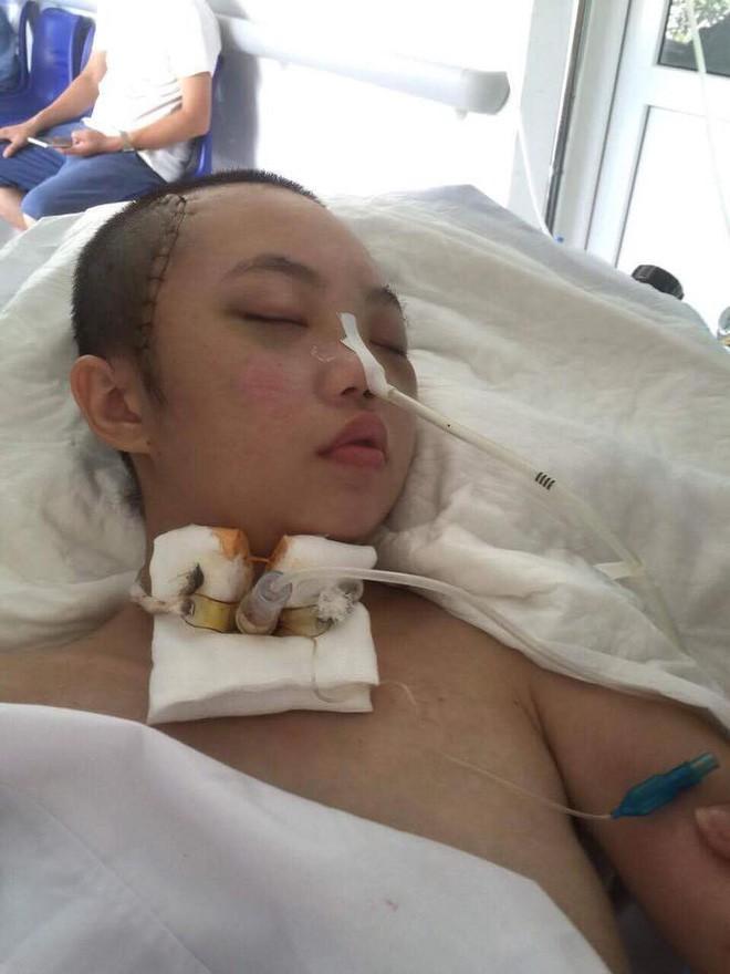 Biến cố cuộc đời của nữ sinh bị tai nạn giao thông trên đường đi học - ảnh 1