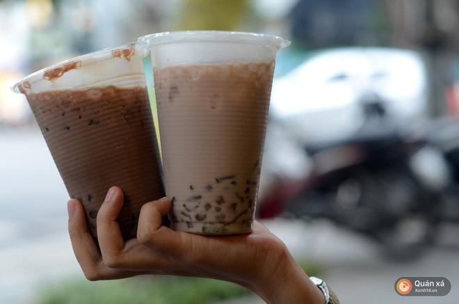 Trước khi có Gongcha, Royaltea, Dingtea... đây là những quán trà sữa đầu tiên của giới trẻ Hà Nội - Ảnh 1.