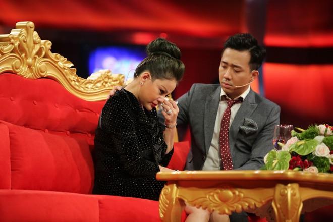 Bị Lê Giang tố đánh vợ đến mức vứt xuống cầu thang, Duy Phương lên tiếng: Họ đang giết tôi! - Ảnh 1.
