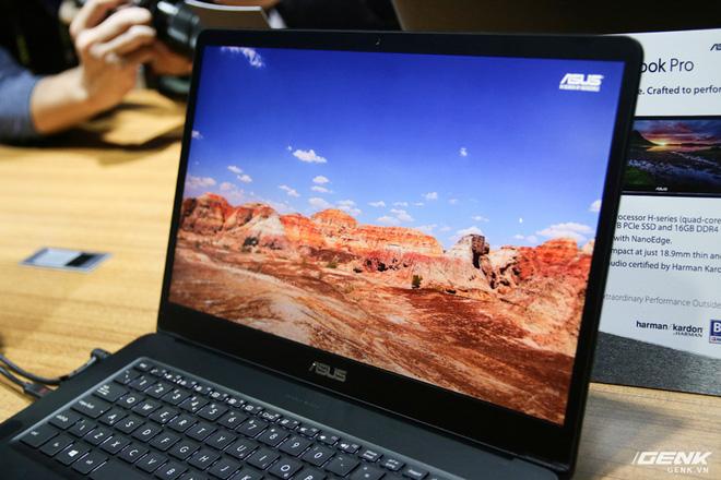 Trên tay loạt laptop mới ra mắt của Asus tại Computex 2017: ZenBook Flip S, ZenBook Pro, ZenBook 3 Deluxe, VivoBook Pro, VivoBook S - Ảnh 10.