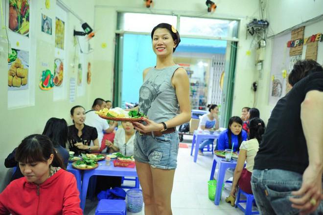 4 quán ăn bình dân vừa ngon, vừa dễ đụng người nổi tiếng ở Sài Gòn - Ảnh 15.