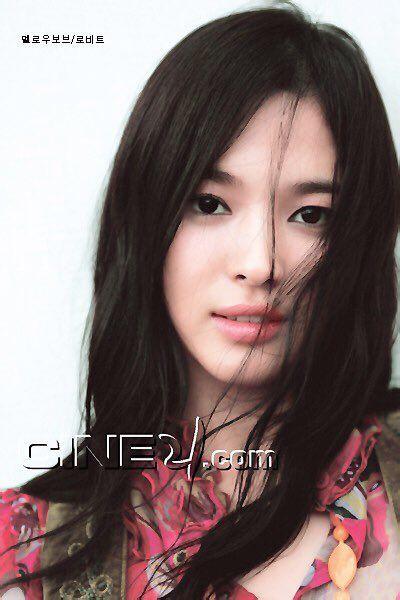 19 năm nhìn lại nhan sắc của Song Hye Kyo: Thì ra đây là lý do tường thành mãi không thể bị đạp đổ - Ảnh 16.