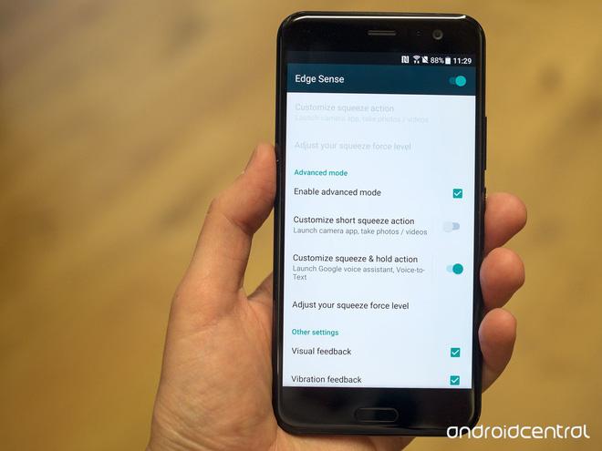 HTC U11 chính thức ra mắt, cho phép người dùng thao tác bằng cách bóp chặt - Ảnh 17.