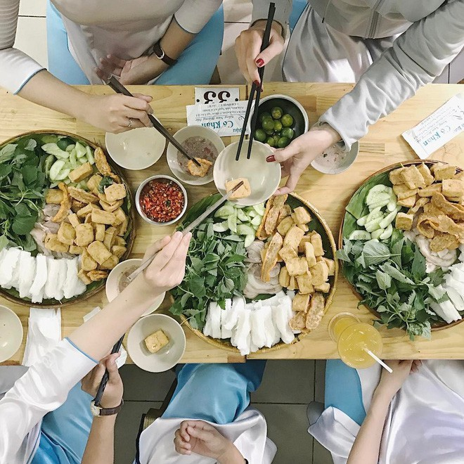 4 quán ăn bình dân vừa ngon, vừa dễ đụng người nổi tiếng ở Sài Gòn - Ảnh 17.