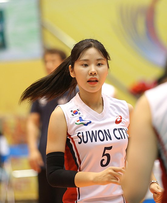 Ngắm vẻ đẹp chân dài xứ Hàn đoạt giải Hoa khôi VTV Cup - Ảnh 3.