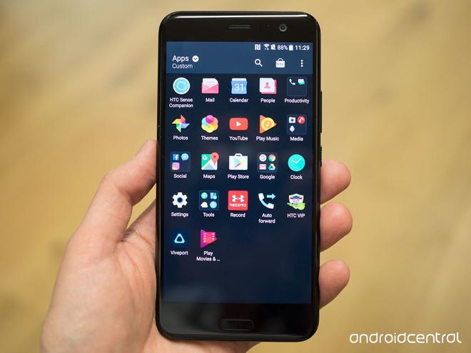 HTC U11 chính thức ra mắt, cho phép người dùng thao tác bằng cách bóp chặt - Ảnh 21.