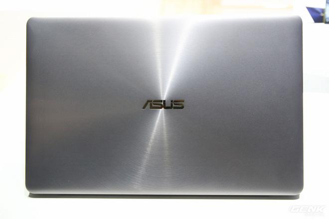 Trên tay loạt laptop mới ra mắt của Asus tại Computex 2017: ZenBook Flip S, ZenBook Pro, ZenBook 3 Deluxe, VivoBook Pro, VivoBook S - Ảnh 18.