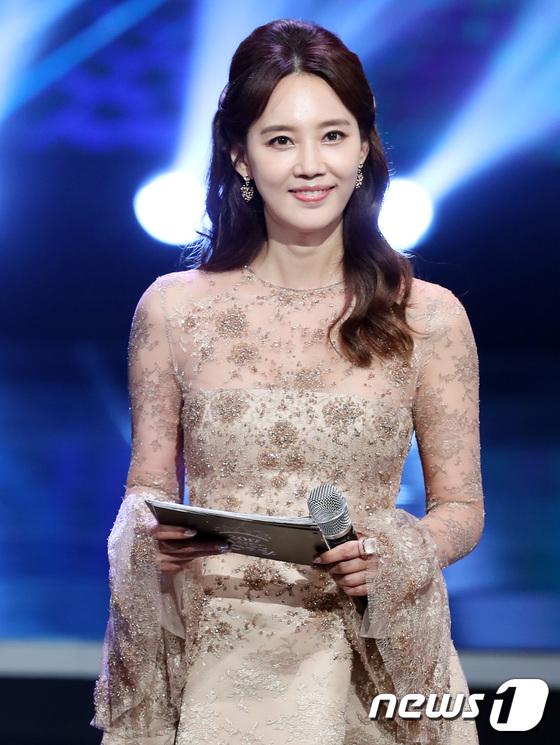 Hoa hậu Hàn Quốc 2017: Trao đến tận 7 vương miện, nhưng tất cả đều bị chê bai thậm tệ về nhan sắc - Ảnh 21.