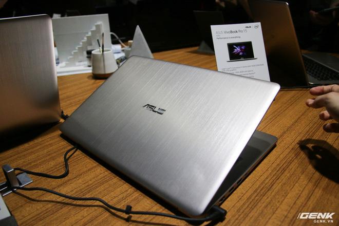 Trên tay loạt laptop mới ra mắt của Asus tại Computex 2017: ZenBook Flip S, ZenBook Pro, ZenBook 3 Deluxe, VivoBook Pro, VivoBook S - Ảnh 22.