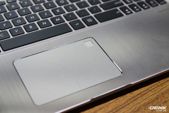 Trên tay loạt laptop mới ra mắt của Asus tại Computex 2017: ZenBook Flip S, ZenBook Pro, ZenBook 3 Deluxe, VivoBook Pro, VivoBook S - Ảnh 25.