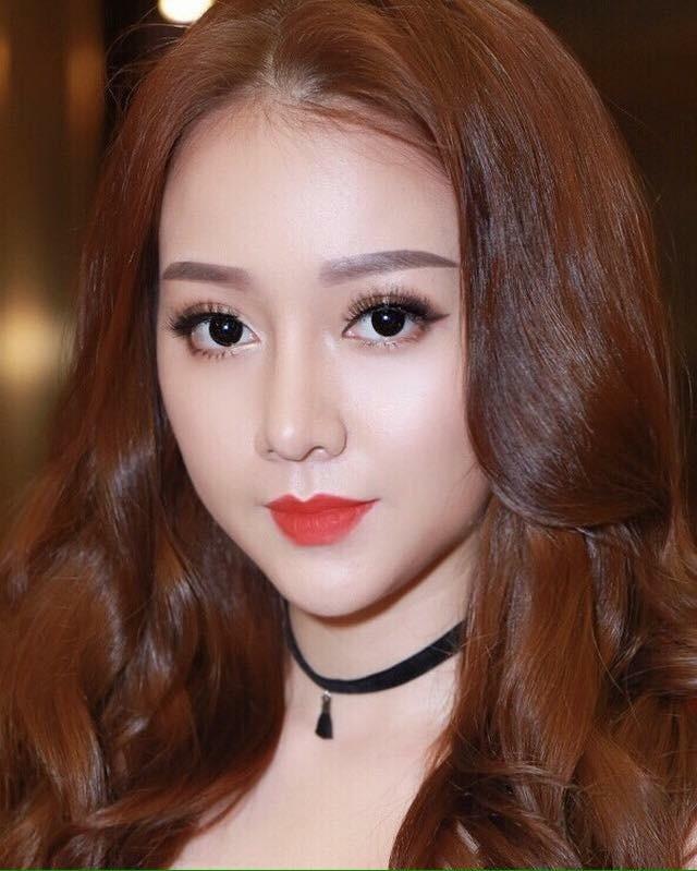 Mỹ nữ Showbiz Việt phát sốt với dòng son môi mới - Ảnh 4.