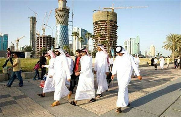 Giàu có nhất thế giới nhưng dân Qatar vẫn luôn cảm thấy thiệt thòi? - Ảnh 4.
