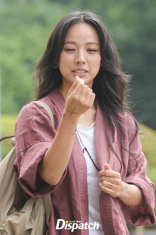 Đẳng cấp nhan sắc của Lee Hyori: Mặc đồ nhăn nhúm vẫn đẹp như nàng tiên - Ảnh 6.