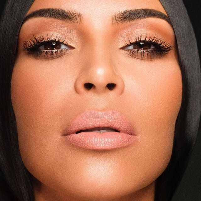 3 ngày nữa mới lên kệ nhưng bộ 4 màu son nude của Kim Kardashian và Kylie Jenner đã gây sốt - Ảnh 5.