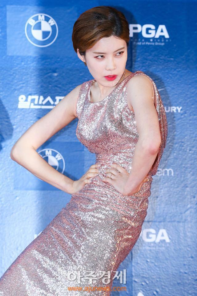 Tạo dáng thảm đỏ bá đạo như mỹ nhân Hàn Quốc này thì kiểu gì chả hot! - Ảnh 6.