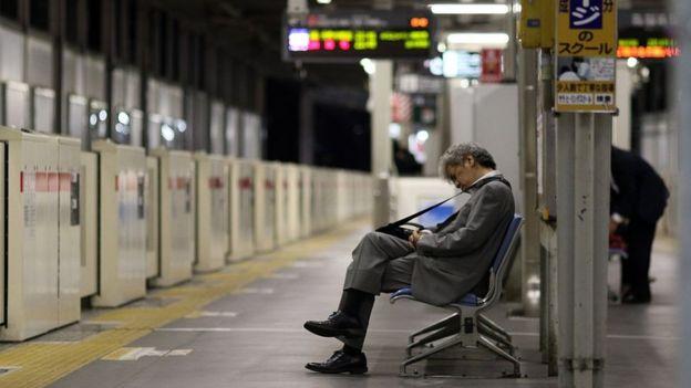Làm việc tới chết: nỗi ám ảnh phủ bóng thanh niên Nhật Bản 4