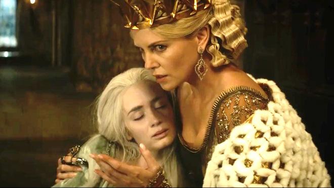 Hoàng hậu được mệnh danh là ác phụ độc dược, 3 đời chồng vẫn đẹp như đóa hồng Athens - Ảnh 6.