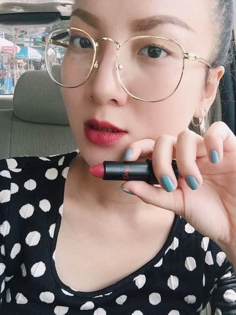 Mỹ nữ Showbiz Việt phát sốt với dòng son môi mới - Ảnh 7.