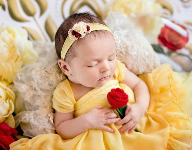Bộ ảnh đẹp lung linh của các bé sơ sinh vào vai công chúa Disney - Ảnh 13.