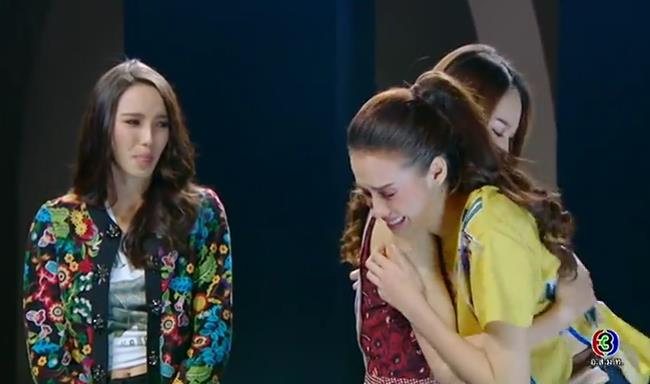 Tham thí sinh cho lắm, cũng đến lúc Bee Namthip phải khóc cạn nước mắt khi tự loại học trò - Ảnh 9.