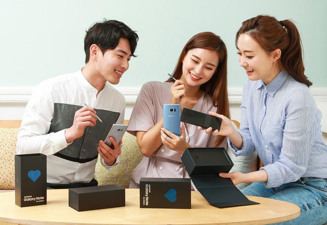 Galaxy Note7 chính thức hồi sinh với tên gọi Galaxy Note Fan Edition: Sử dụng linh kiện mới, pin 3200mAh, hộp có logo trái tim, 400.000 máy tại Hàn Quốc, giá 13.8 triệu, 7/7 bắt đầu bán - Ảnh 8.