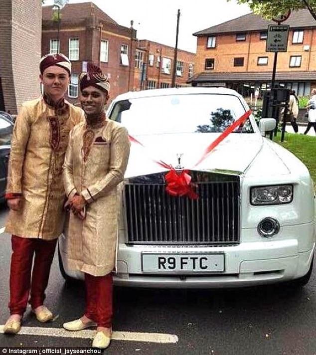 Đám cưới đồng tính Hồi giáo đầu tiên tại Anh: Cặp đôi từng muốn tự tử do bị kỳ thị và bắt nạt - Ảnh 3.
